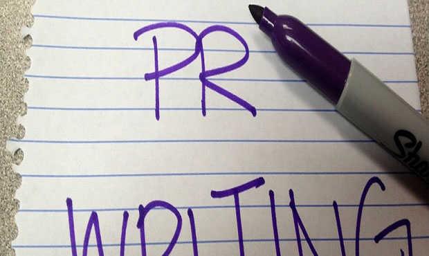 Read more about the article เทคนิคการเขียนข่าว ให้สื่อความหมายให้โดนใจ